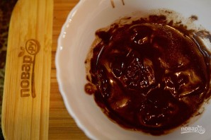 Шоколадные маффины с жидкой начинкой - фото шаг 2