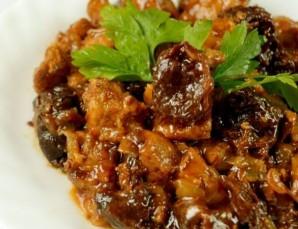 Мясо с черносливом в мультиварке - фото шаг 7