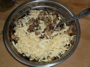 Перец, фаршированный грибами и мясом - фото шаг 9