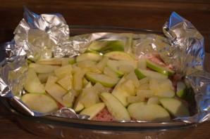 Курица с фруктами в духовке - фото шаг 3