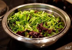Салат из авокадо с грушей и сыром - фото шаг 1