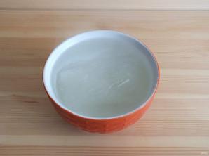 Салат с фунчозой и крабовыми палочками - фото шаг 2
