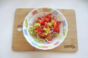 "Салат ""Лакомка"" из помидор на зиму - фото шаг 5"