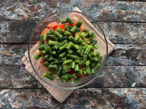 Салат из стручковой фасоли с мясом - фото шаг 7