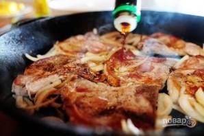 Жареные стейки свинины - фото шаг 5