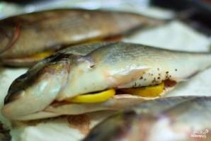Рыба, запеченная в соли - фото шаг 3