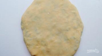 Молдавские плацинды с зеленым луком - фото шаг 6
