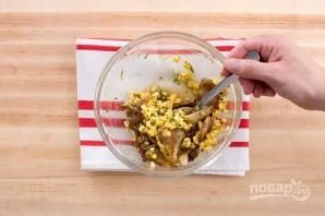 Салат из грибов и фасоли - фото шаг 4