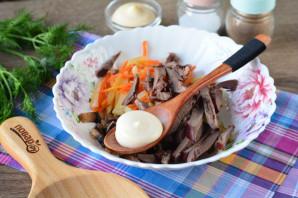Салат из свиного сердца с грибами - фото шаг 6