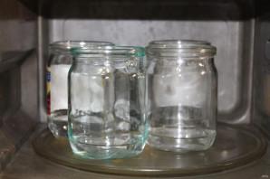 Помидоры стерилизованные на зиму без рассола - фото шаг 2