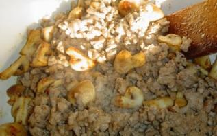 Наливной пирог с мясом - фото шаг 4