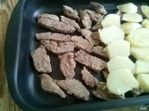 Мясо под молочным соусом - фото шаг 4