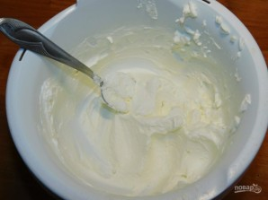 Муссовый десерт на белом шоколаде с клубникой - фото шаг 5
