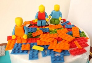 "Торт с человечками ""Лего"" - фото шаг 7"