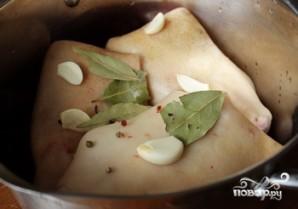 Свиная нога, запеченная в духовке - фото шаг 2
