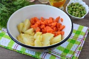 Винегрет с фасолью и горошком - фото шаг 2