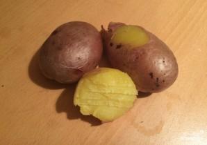 Картошка в микроволновке в пакете - фото шаг 3