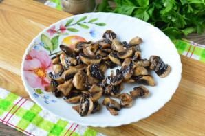 Салат с сайрой и грибами - фото шаг 3