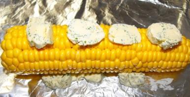 Кукуруза в духовке в фольге - фото шаг 3