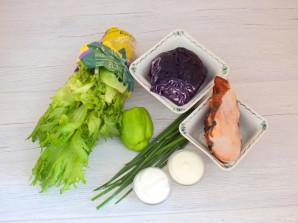 Салат с курицей, капустой и болгарским перцем - фото шаг 1