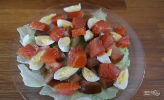 Салат из форели горячего копчения - фото шаг 9