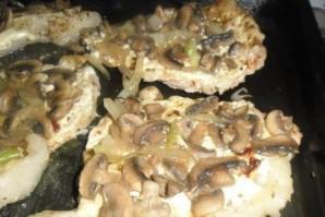 Отбивные из говядины с грибами - фото шаг 7