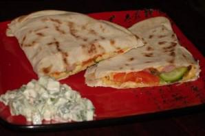 Кесадилья с ветчиной и сыром - фото шаг 5