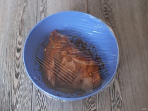 Рулька с картошкой в духовке - фото шаг 4