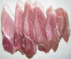 Мясо отбивное в духовке - фото шаг 1