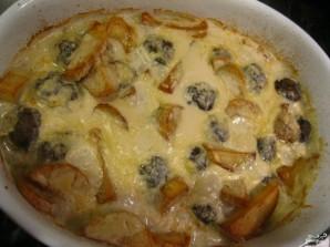 Тушеная картошка с тефтелями - фото шаг 6