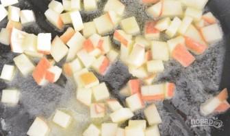 Гренки с рикоттой и яблоками - фото шаг 1