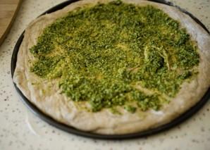 Пицца с соусом песто - фото шаг 3
