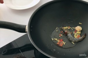 Горячий тайский салат - фото шаг 2