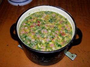 Суп с сыром и колбасой  - фото шаг 8