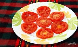 Жареные яйца с помидорами - фото шаг 3