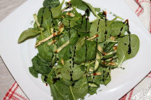 Диетический зелёный салат - фото шаг 11