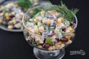 Салат из фасоли с сухариками - фото шаг 4