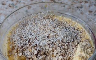 Простой рецепт овсяного печенья из овсяных хлопьев - фото шаг 2