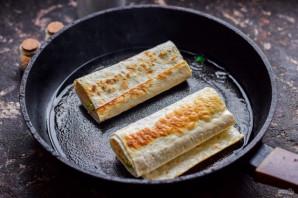 Пирожки из лаваша с яйцом и луком - фото шаг 6