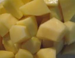 Суп с гречкой и солеными огурцами - фото шаг 2