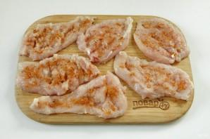 Куриные роллы с ветчиной и сыром - фото шаг 2