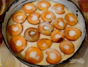 Пирог с абрикосами (простой и вкусный) - фото шаг 6