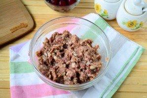Фрикадельки с вишневым соусом - фото шаг 3