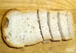 Гренки с чесноком в духовке - фото шаг 2