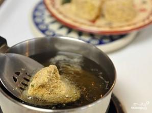 Сыр, жареный в панировке - фото шаг 8
