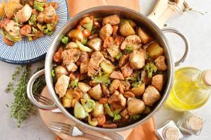 Индейка с овощами на сковороде - фото шаг 7