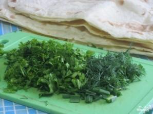 Конвертики из лаваша с сыром и зеленью - фото шаг 1
