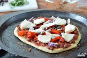 Пицца на толстом тесте - фото шаг 6