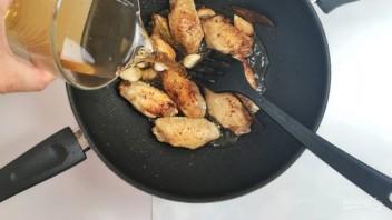 Крылышки на сковороде - фото шаг 4