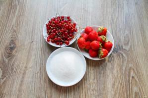 Варенье из клубники с красной смородиной на зиму - фото шаг 1